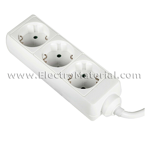 Base de superficie con cable de 3 enchufes electromaterial - Enchufes de superficie ...